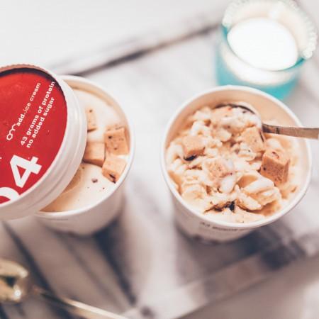 andrea_berlin_add_icecream_proteinglass_sockerfri_cookie_dough-1260