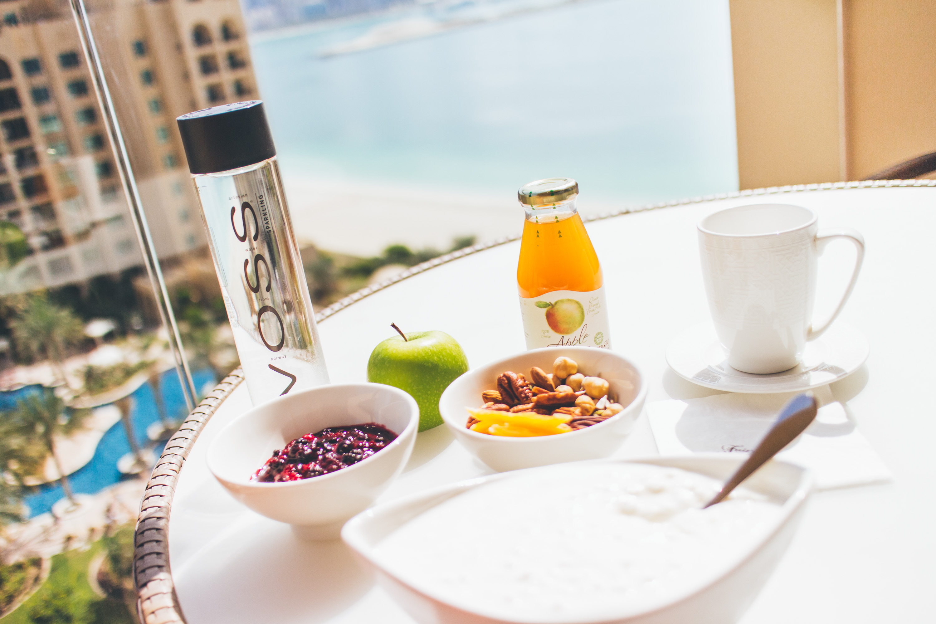 Andrea_Berlin_Breakfast_Balcony_Fairmont_the_palm_Dubai-2311