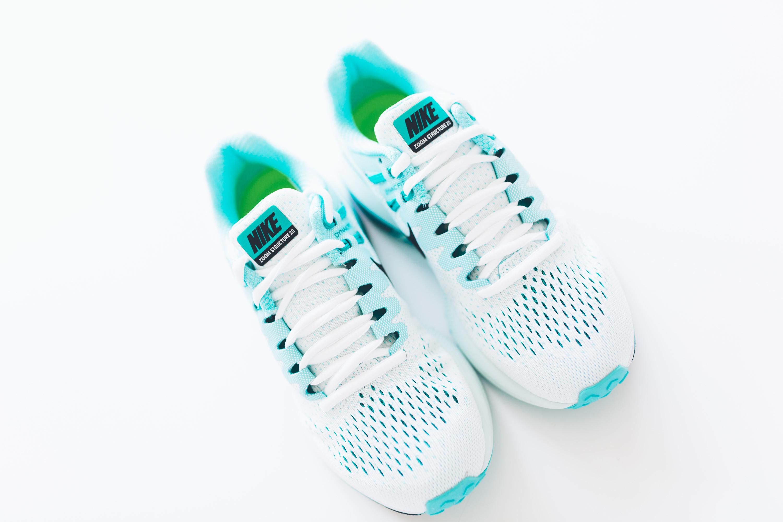 Andrea_Berlin_Nike_Structure_20_Woman_Running_Aqua_White-2078